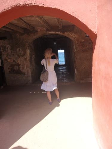 la porte sans retour de la maison des esclaves de l'ile