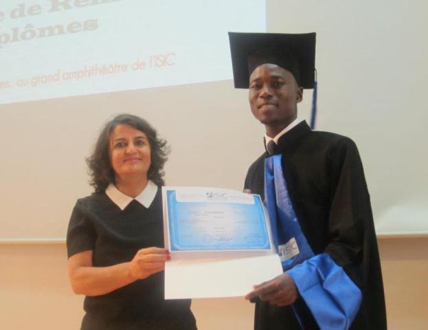 photo prise lors de la cérémonie de remise du diplôme